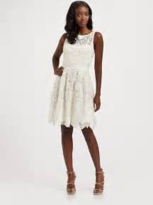 Galerry lace dress in white
