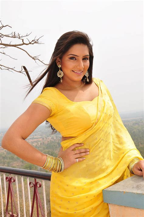 kannada top heroine photos ragini dwivedi kannada actress wallpapers all heroines