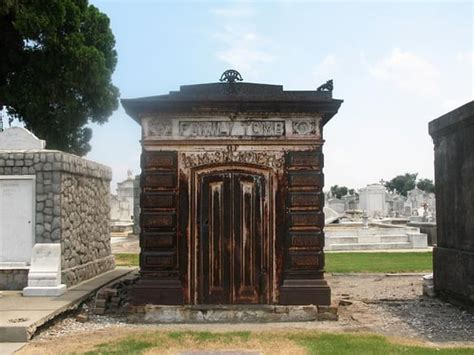 greenwood cemetery mausoleum funeral services