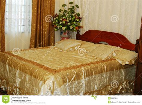 wedding bed wedding bed royalty free stock photo image 8267415