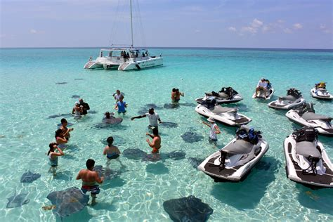 grand cayman catamaran excursion stingray city wave runner tours grand cayman cruise