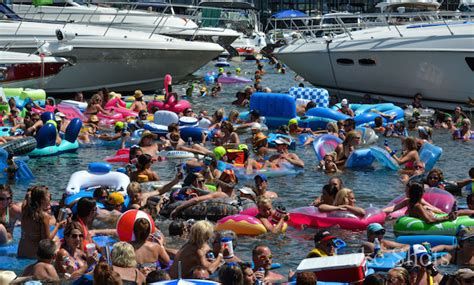 lake of the ozarks boat party classic rock a floating party at lake of the ozarks