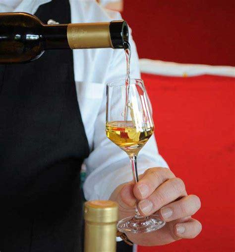 cantina sociale mantovana i vini passiti delle colline moreniche mantovane strada