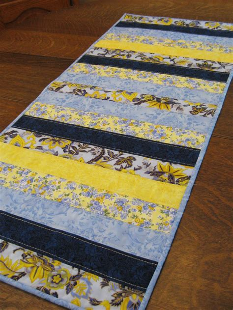 Patchwork Table Runner - quilted table runner quilted patchwork runnertable runner