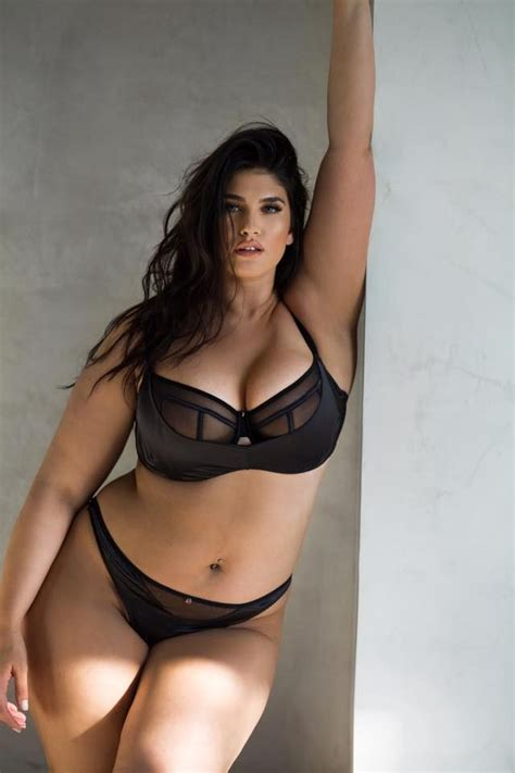 20192 best curvy and images on plus size size clothing and knit tops