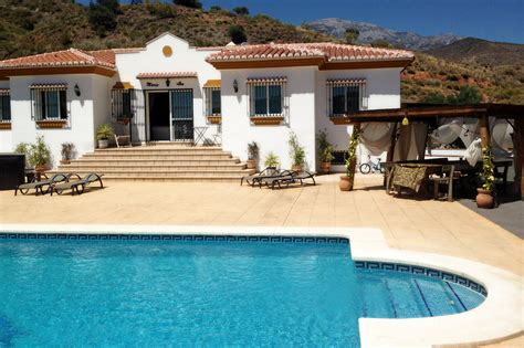 location villa avec piscine espagne marylousorties bateau