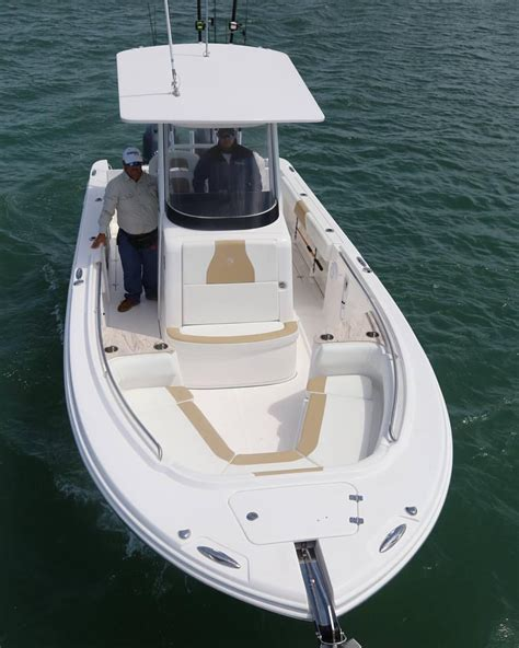 boats with center console edgewater 262cc 26ft center console boat dreaming