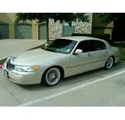 2000 Lincoln Town Car Lowrider  Image
