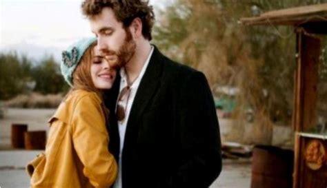 kaum hawa cenderung menyukai kondisi saat pasangannya