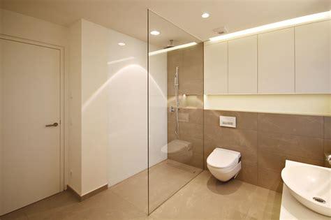 altes bad verschönern altes badezimmer aufpeppen