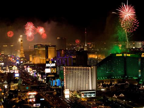 las vegas new years how to get around on new year s in 4 major cities
