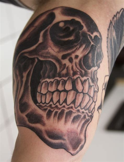 tattoo styles list a list of powerful skull designs tutorialchip