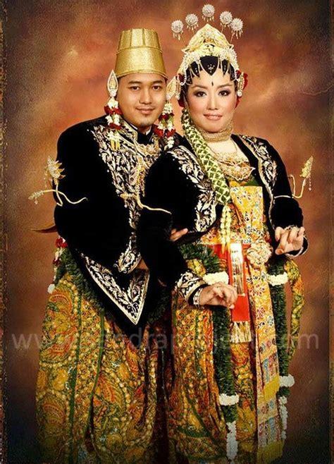 Aksesoris Pengantin Lung Baju Adat pengantin adat jawa tata rias busana pengantin tradisional javanese wedding