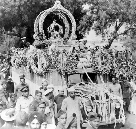 mahatma gandhi funeral cremation e5jcprl4lny the last journey of mahatma gandhi february 1948
