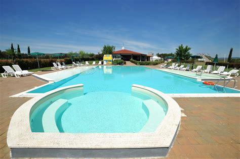 con piscine residence in maremma con piscina casa in maremma
