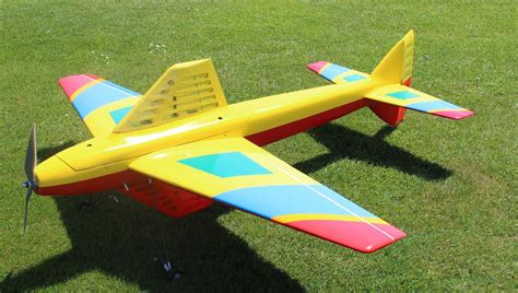 rc pattern flying video post some pictures of your pattern plane page 36 rcu