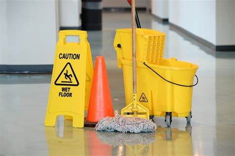 cleaning for tips for proper handling of commercial cleaning products