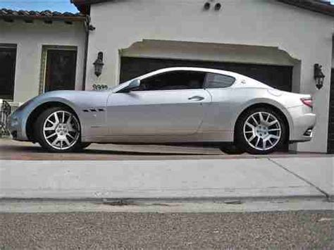 red maserati sedan sell used 2008 maserati granturismo base coupe 2 door 4 2l