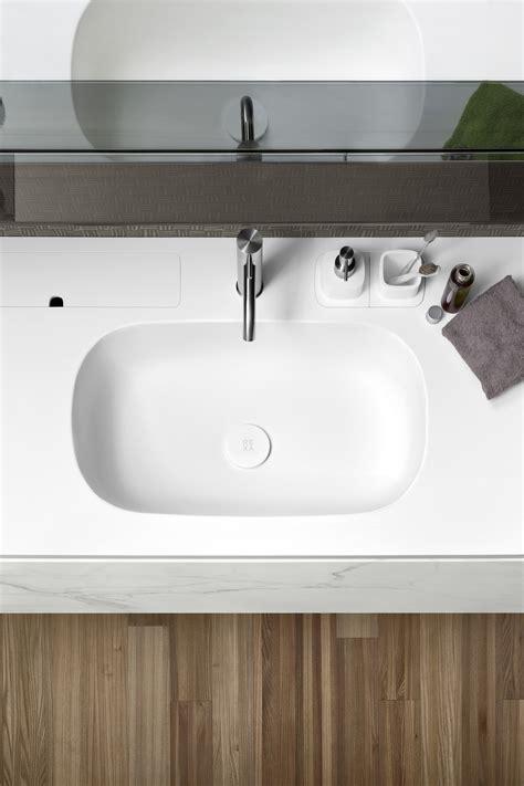 lavabo in corian top in corian 174 con lavabo moode
