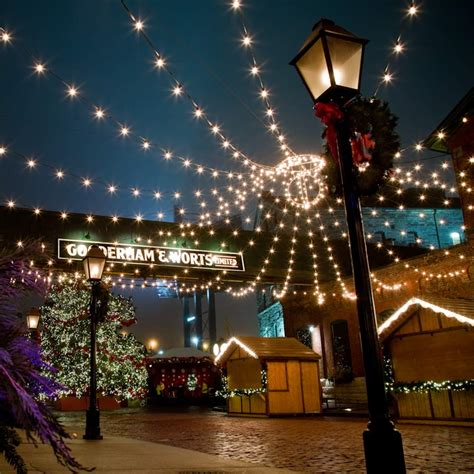 christmas holiday top things to do in toronto for the holidays tourism toronto