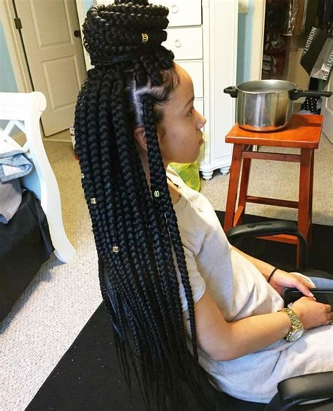 ends of my bushy box braids the 411 on box braids why they re great and how to wear