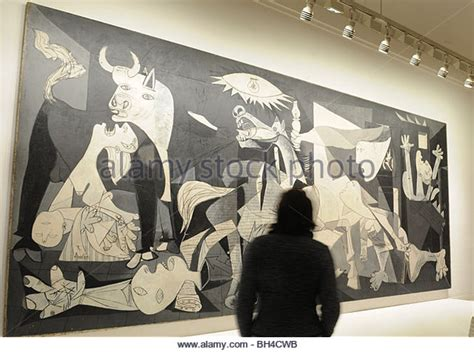 picasso paintings in reina sofia pablo picasso guernica stock photos pablo picasso