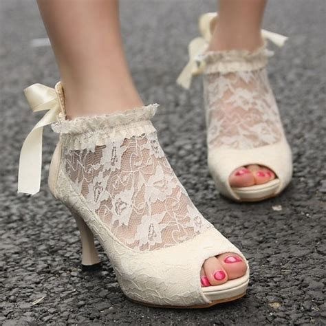 comfortable heels for dancing 17 best ideas about comfortable wedding shoes on pinterest