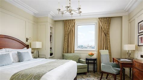 london hotel suites with 2 bedrooms luxury 1 bedroom hotel room the langham london