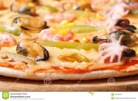 frutti free z price pizza ai frutti di mare with octopus mussels and shrimp