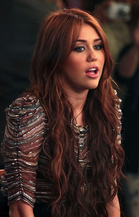 brunette red hairstyles miley cyrus red hair color cheveux hair stylios i want