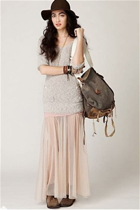ideas how to wear a maxi skirt for winter season with hat