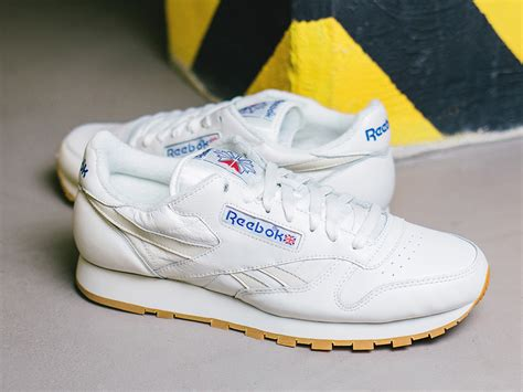 reebok classic leather sneakers s shoes sneakers reebok classic leather vintage aq9136