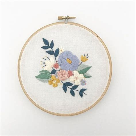 embroidery floral 25 best ideas about floral embroidery patterns on