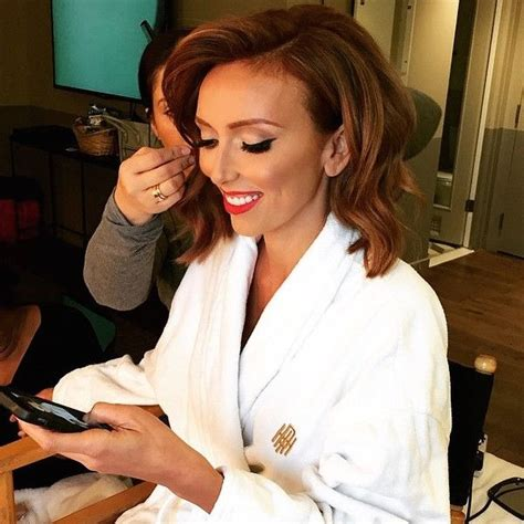 did julianne rancic lose her hair when she had chemotherapy see giuliana rancic s prep for the 2015 oscars giuliana