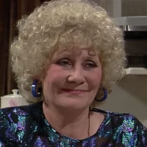 corrie actress dead coronation street star liz dawn dead actress who played