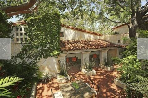 Small Spanish Style Homes Ronald Colman S House Sold By Owner Michael C Hall