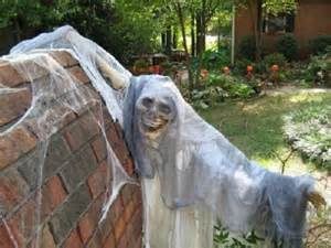 Outdoor halloween decorating celebrate and scary yard decorations for