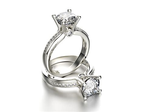2018 trends in engagement rings likeitgirl