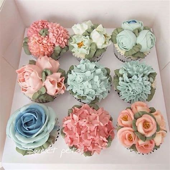 flower design cupcakes 1000 ideas about beautiful cupcakes on pinsco cupcake