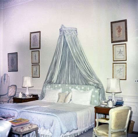 jackie kennedy bedroom kn c20374 first lady jacqueline kennedy s bedroom white