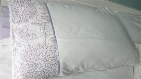 Coloured Pillow Cases by King Size Purple Lilac Coloured Duvet Cover Set With 2