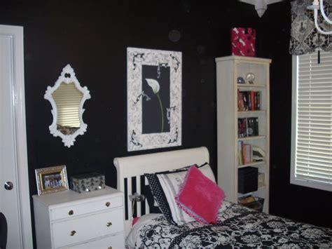 anythingology caseys room
