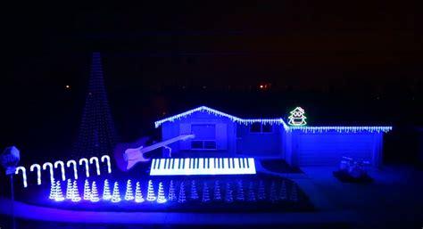 The Best Frozen Christmas Light Show Frozen Light Show