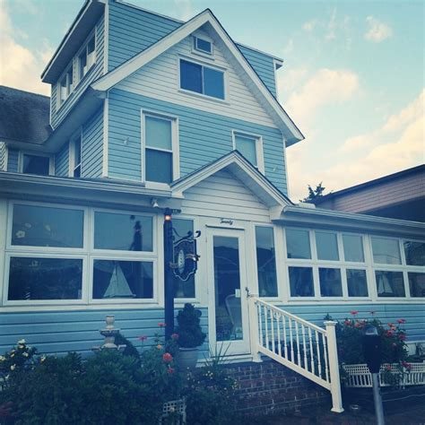 rehoboth bed and breakfast lighthouse inn bed breakfast closed bed breakfast