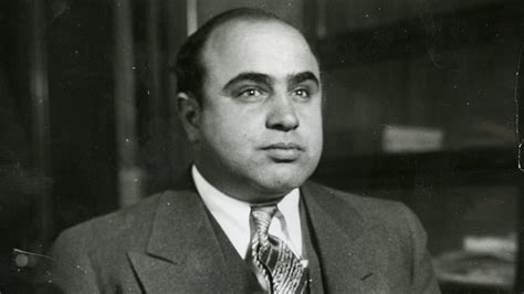 al capone s wars a complete history of organized crime in chicago during prohibition books new biography sheds light on of al capone