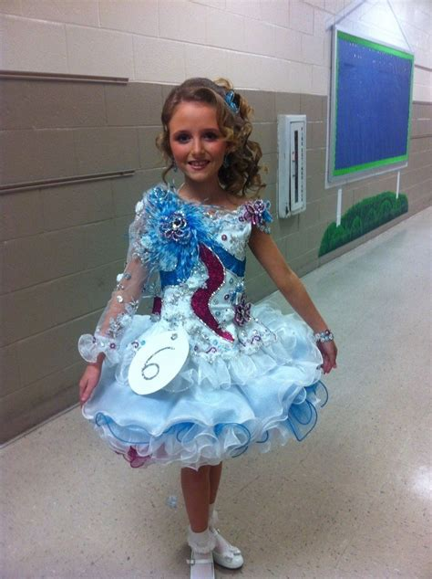 womanless pageant for boys beauty pageant winner his mom is so proud womanless