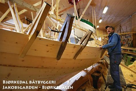 norwegian fishing boat builders benadi wooden boat building in norway