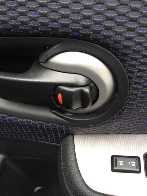 2009 nissan versa interior door handle how do i fix this interior door handle nissan versa forums