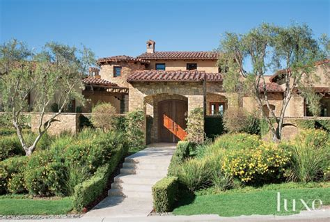 Luxe Interiors Magazine A Transitional Tuscan Style Rancho Santa Fe Home