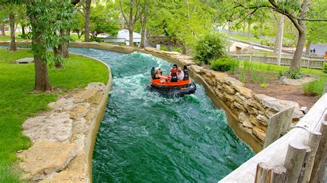 boat rides in kansas city 25 best things to do in kansas city missouri the crazy